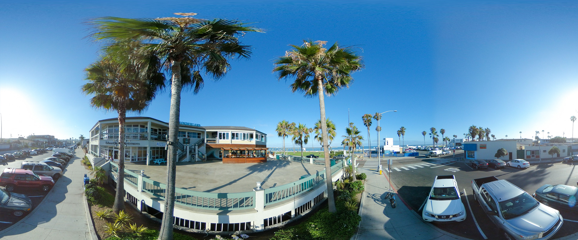 Ocean Beach, San Diego - Sunset Plaza